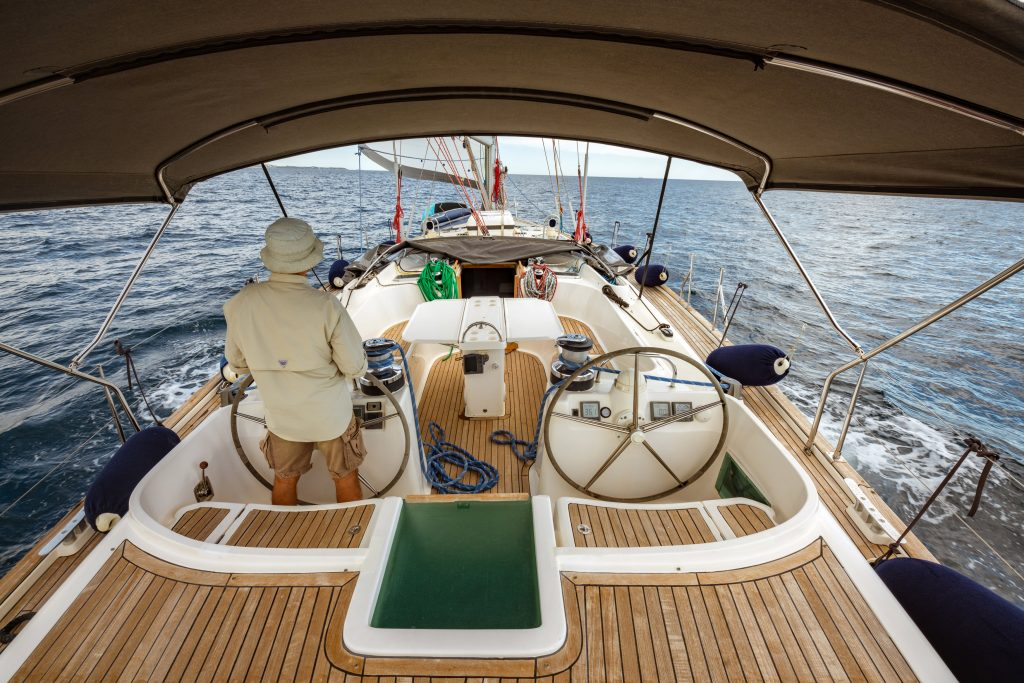 large cockpit sailing yacht 60ft