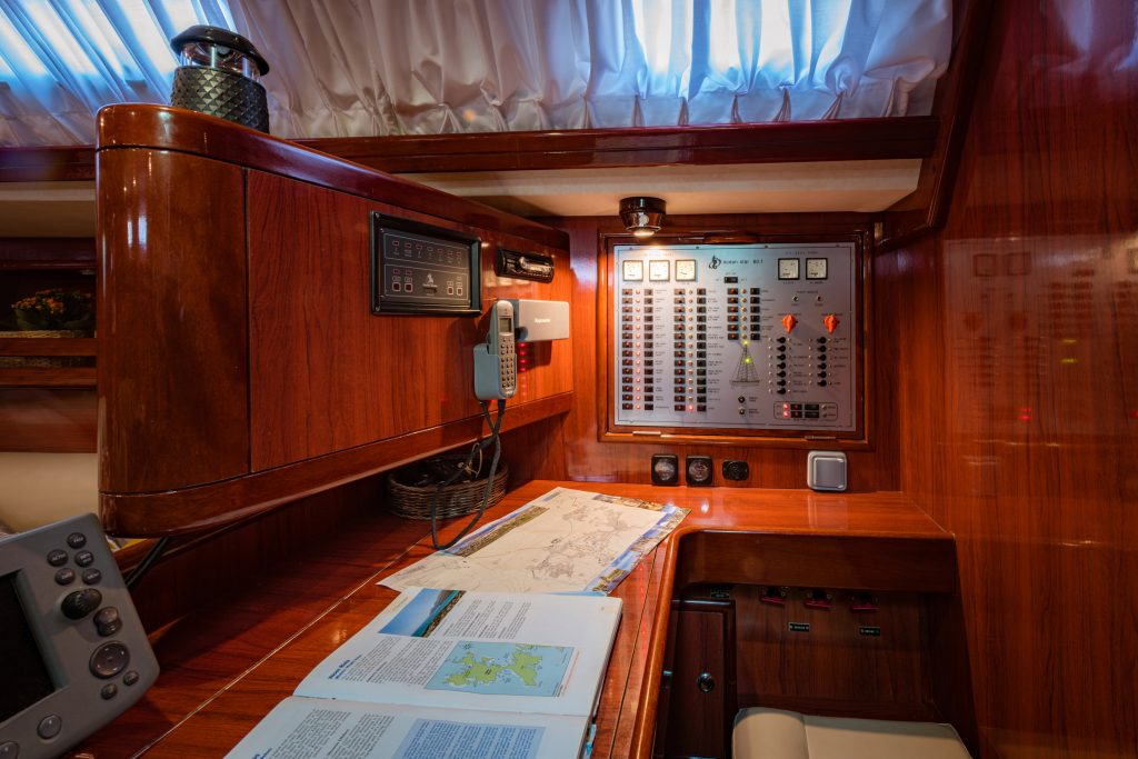 chart table 60 ft sailing yacht