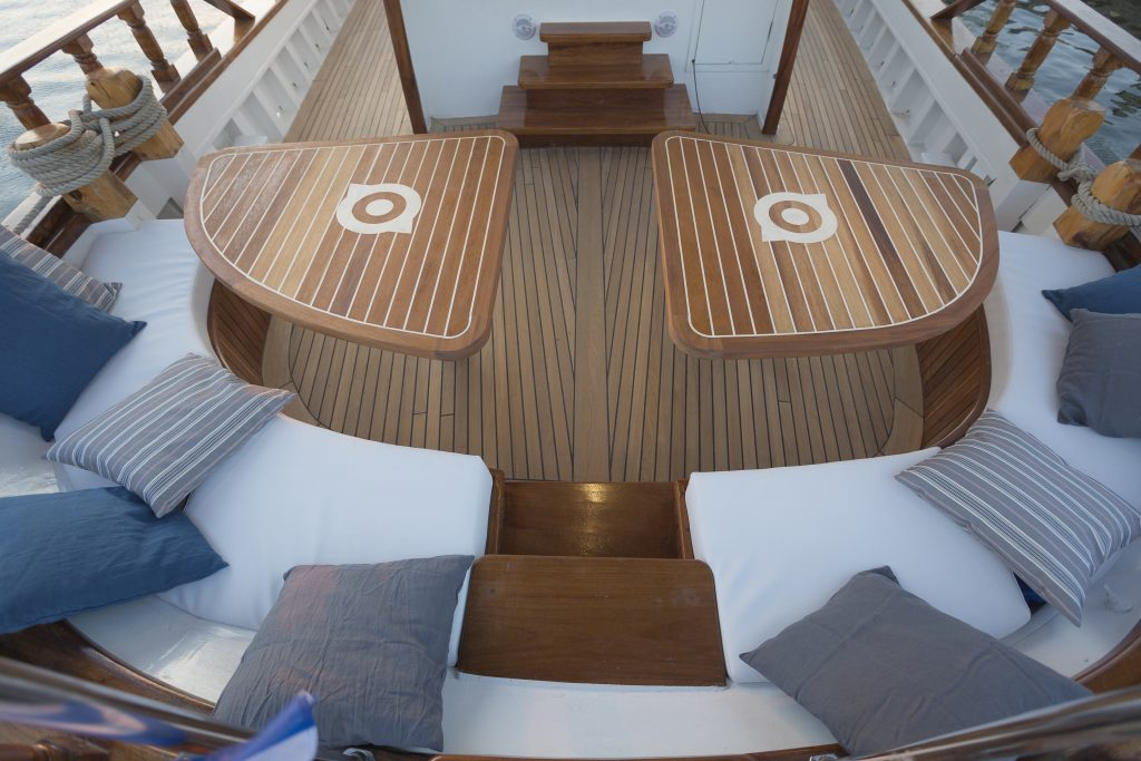 cosmos cocomat yacht aft design